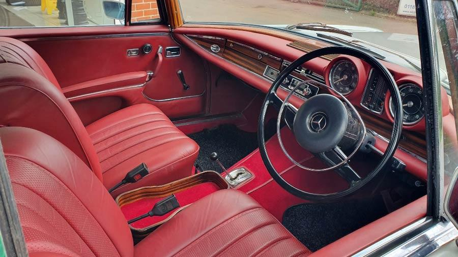 1969 Mercedes-Benz 280se Convertible